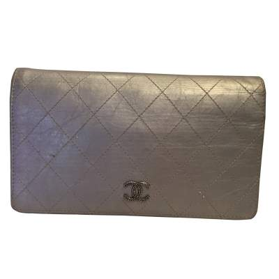 Silver leather wallet -0
